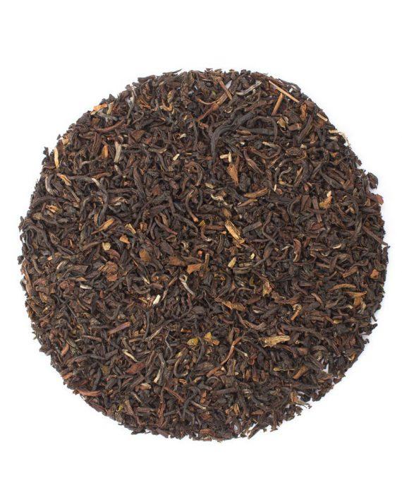 Darjeeling loos leaf tea leaves in a circle.