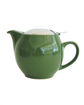 forest green teapot holds 2-3 cups of tea